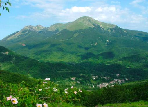 Trekking & Yoga da Briganti – Cerreto Alpi domenica 8 settembre